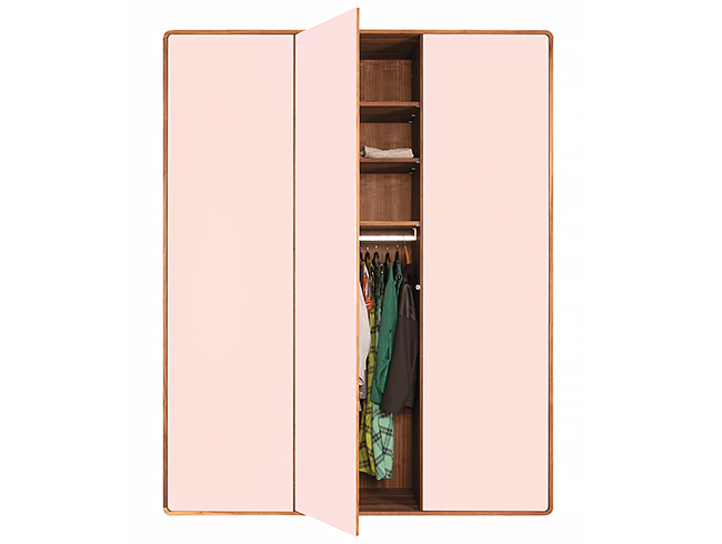 gro artig kleiderschrank mit glast ren bilder die. Black Bedroom Furniture Sets. Home Design Ideas