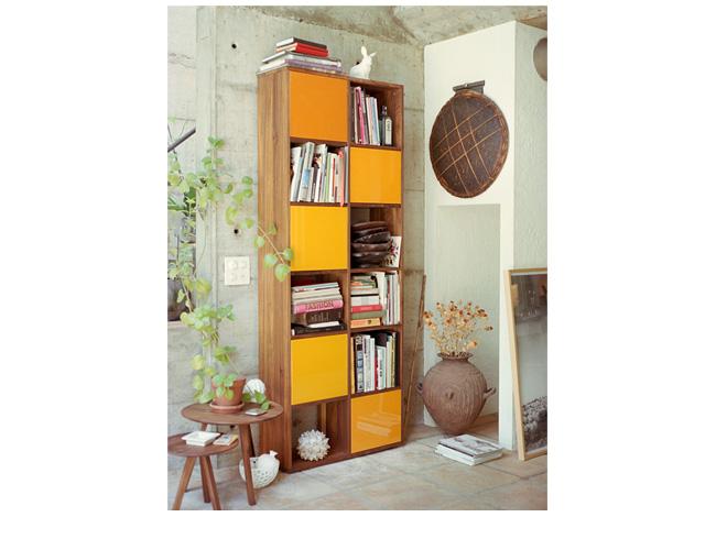 reseda m bel regale tre due mit glast ren. Black Bedroom Furniture Sets. Home Design Ideas